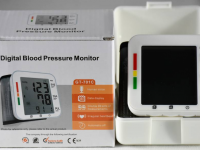 MONITOR DIGITALE PRESSIONE DEL SANGUE